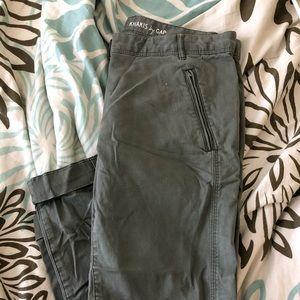 Gap olive pants